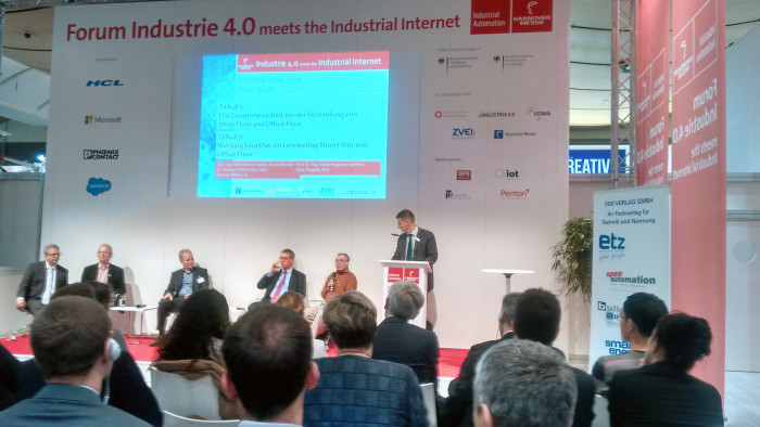 Industrie4.0 & IIC consortium leaders duke it out